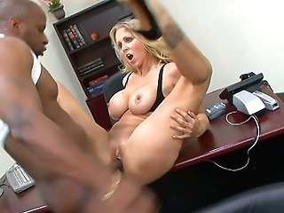 Sexually Compulsive Ladyboss Julia Ann Gets Her Muff Blacked In The Office