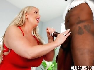 Black Man Fucks Home Alone Matures Wifey And Cums On Her Big Caboose