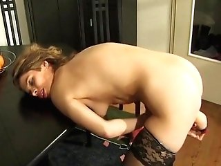 Matures Woman Plays With Her Fucktoys .mp4