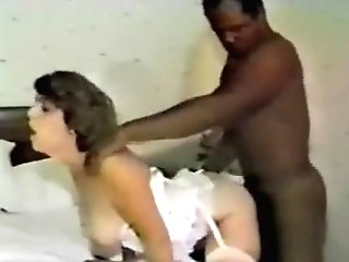 Married Cougar Degustating A Big Black Dick For The Very First Time