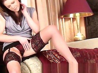 Sexy Mom Shares First-ever Orgasm Movie