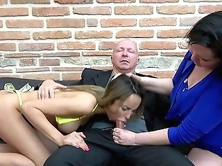 Matures Shares Her Man With The Skinny Niece In A Wild Threesome