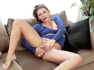 Sophisticated Blonde Ani Lodges In For A Hot Self-pleasure Session