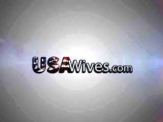 Usawives - Matures Dylan From Usa Pleasing Her Smooth-shaven Beaver