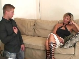 Gfs Mom Spreads Gams For Him