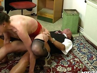 Trampy Youthful Chick Valeria Jones Is Glutton For Old Penis Of One Skilled Plower