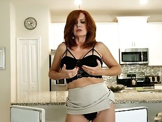Crimson Haired Cougar Andi James Is Playing With Her Old Jugs And Spread Twat