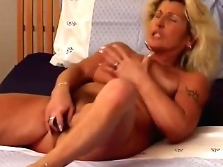 Matures Mom Railing Speculum