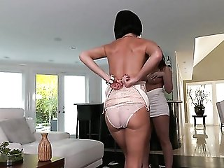Mummy With Giant Tits Is On Fire In Jizz Flow Fuck-fest Activity