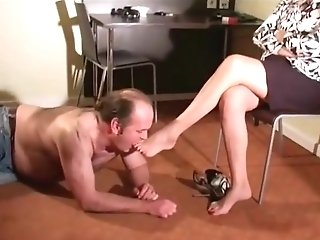Matures Mistress Foot Service