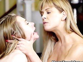 Anya Olsen & Cherie Deville In Mothers Day Rubdown - Nubilesporn