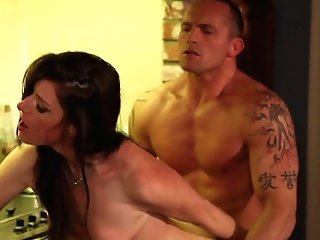 Marcus London Gets Seduced By Brown-haired India Summer And Then Fucks Her Mouth