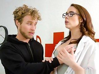 Pharmacist Mummy Helps Youthfull Dude