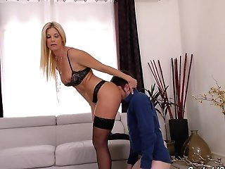 Blonde India Summer Cheats On Her Bf With A Black Stud