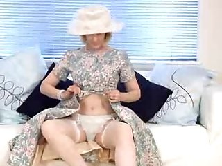 Matures Housewife Fucks A Cucumber