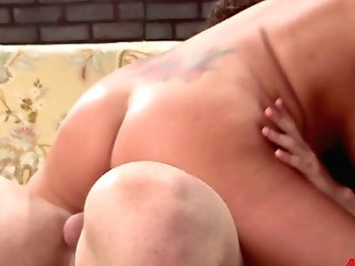 Juggy Blonde Brooke Banner Takes Money-shots On Her Big Bumpers After A Steamy Fuck-fest