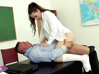Leyla Bento Lets A Matures Fellow Explore Her Running In Rivulets Raw Twat