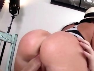 Bangbros - Mummy Nikki Delano's Latina Big Booty Gets Pounded Hard