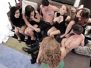 Richelle Ryan And Alana Cruise Love Group Fuck-a-thon Practice