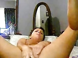 Amateur Milf With Fat Cucumber In Her Pussy
