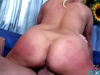 Bald Headed Dude Fucks Supah Curvy Ash-blonde Bitch And Cums On Her Face